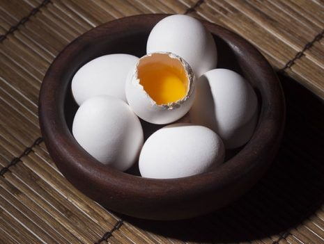 تفسير حلم رؤية البيض في المنام